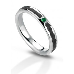 Aeolian ring emerald