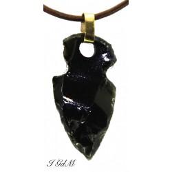 Obsidian arrow pendant